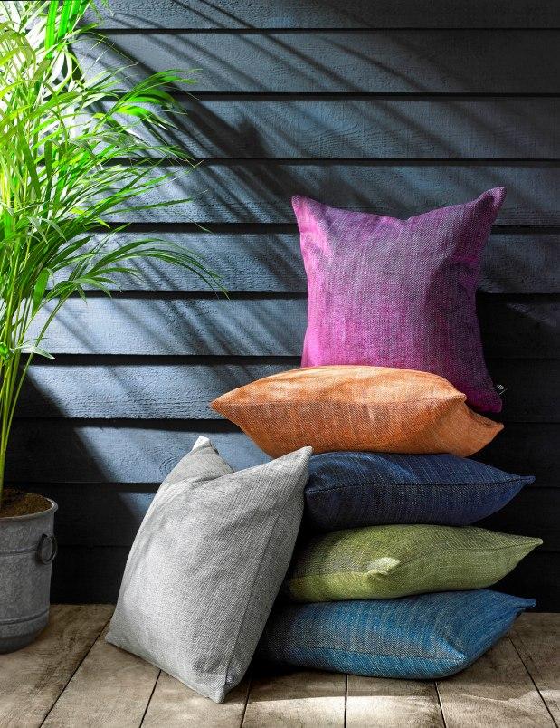 AW Cushions Cameo